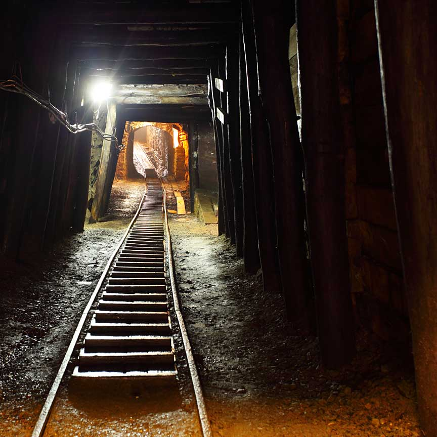 RAIL TRACK IN A MINE